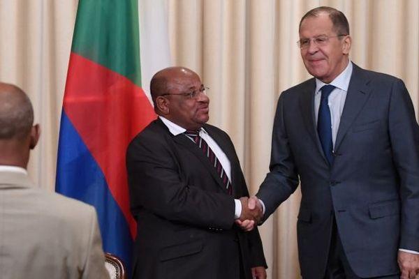 Sergueï Lavrov et Mohamed El-Amine Souef