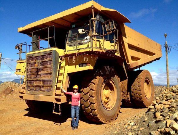 La Calédonienne travaille avec des entreprises minières calédoniennes