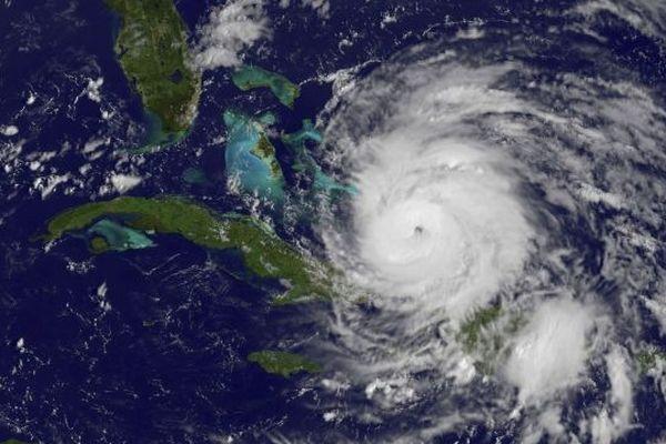 Cyclone image satellite