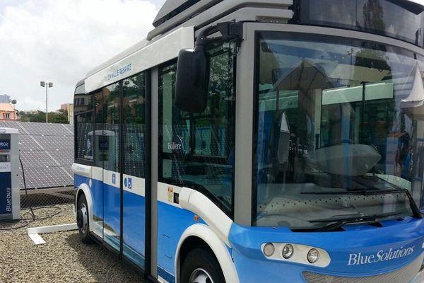 Bus écolo de Bolloré
