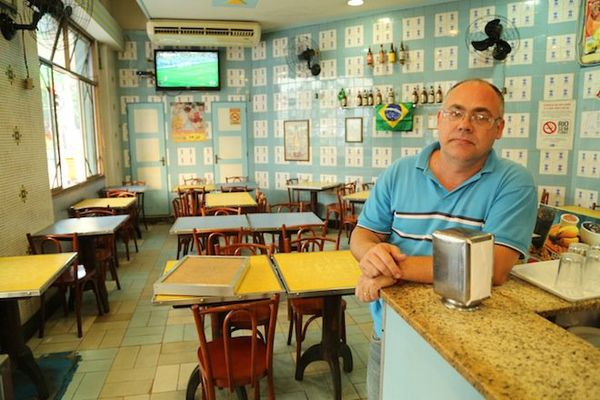 Antonio à Rio, dans son restaurant désert