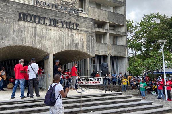 Conflit social mairie UTC UGTG Pointe-à-Pitre