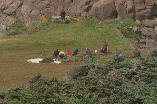 Les fouilles archéologiques ont repris à l'Anse à Henry après un an d'interruption du à la crise sanitaire