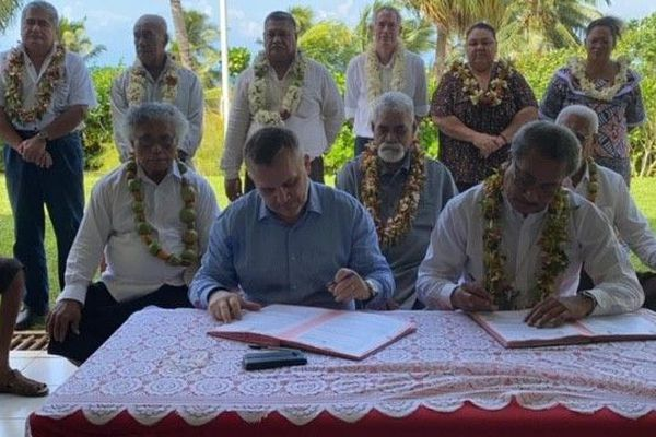 Signature de la convention de concession de l'enseignement primaire du territoire de Wallis et Futuna