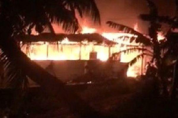 Incendie à Moorea : 18 personnes sans domicile et le mari pyromane en détention