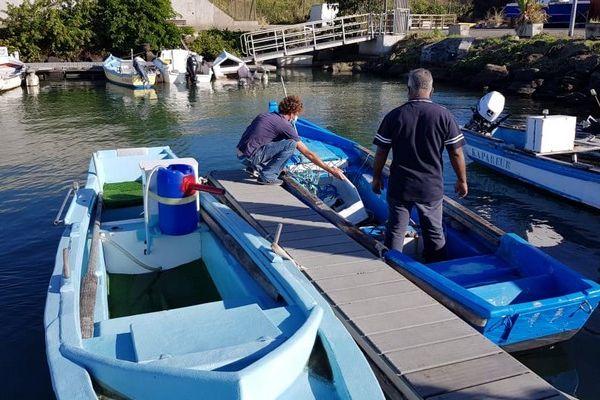 port de sainte-marie embarcation bateau chavire chenal ensablement pêcheurs 080621
