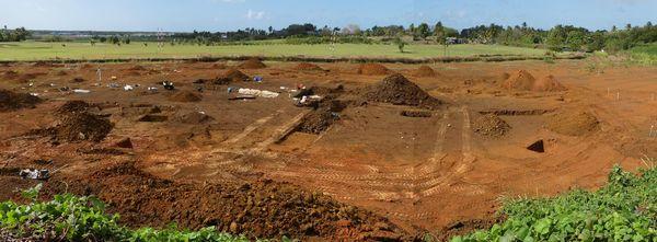 Fouilles archéologiques à Petit-Pérou, aux Abymes, par l'INRAP