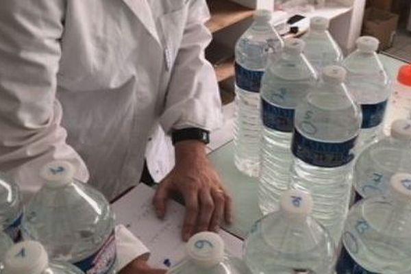 Cristaline : des germes dans les bouteilles d'eau interdites de vente à Wallis et Futuna