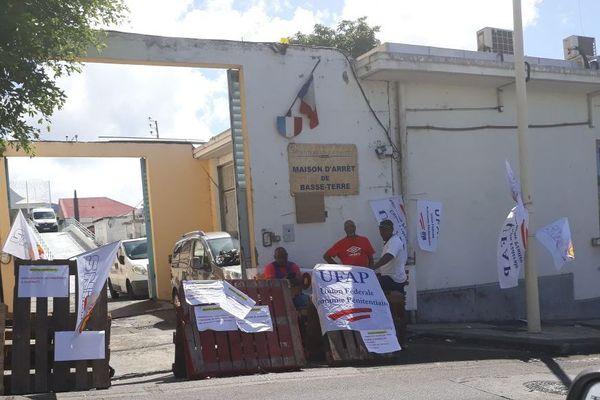 Conflit prison Basse-Terre