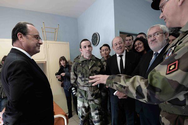 En Lorraine, François Hollande lance le service militaire volontaire inspiré des Outre-mer