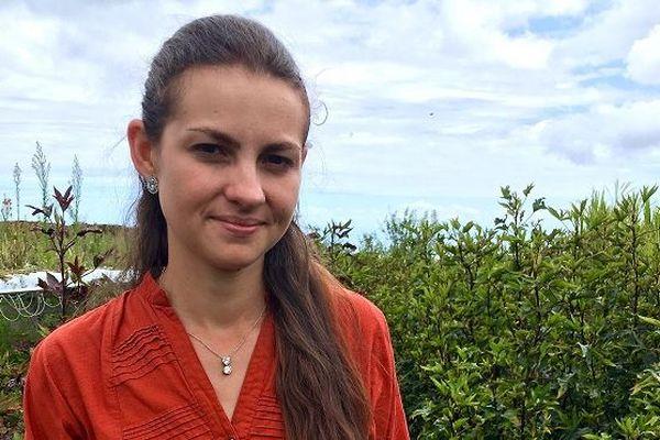 Julie Nativel, 24 ans, a privilégié la terre aux Beaux-Arts.