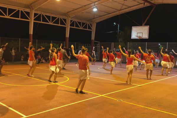 O Marama groupe danse Bora Bora