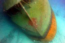 Le remorqueur Sir-Gaëtan, gît sur le sable par 40 mètres de fond en face Poudre-d'Or