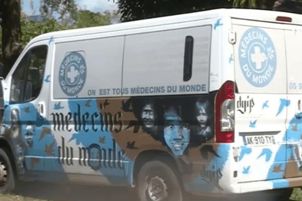 Camion médecins du monde