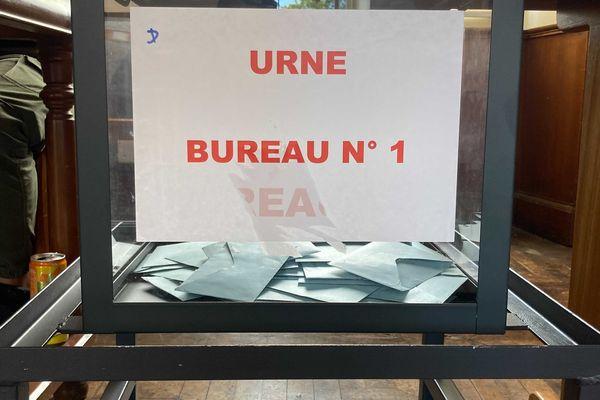 Elections 2021 bureau de vote Saint-Pierre