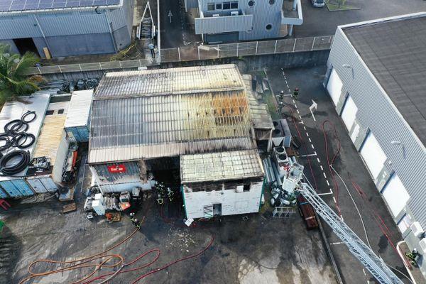 Incendie d'entrepôt dans Jarry - 04/12/2020