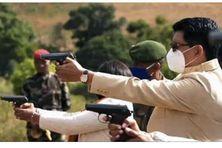 Le président Andry Rajoelina dans le camp militaire d' Iakora, sud de Madagascar