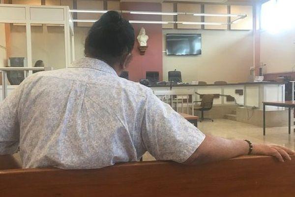 Atonia Teriinohorai condamné pour injure