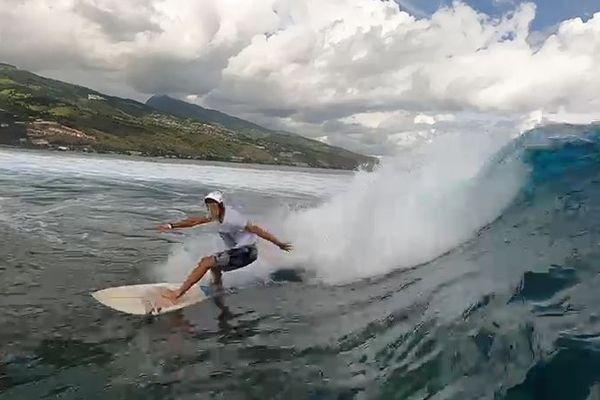 Surf à Punaauia : c'est parti pour la Taapuna Junior !