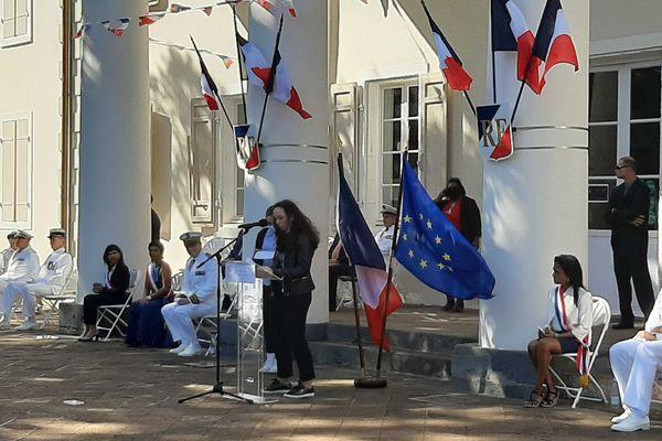 14 juillet au jardin de l'Etat : Lecture d'un texte en hommage aux personnes mobilisées durant la crise par des collégiens
