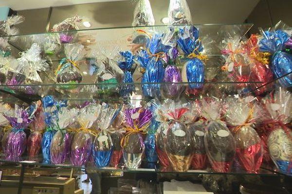 Pâques : oeufs en chocolat exposés