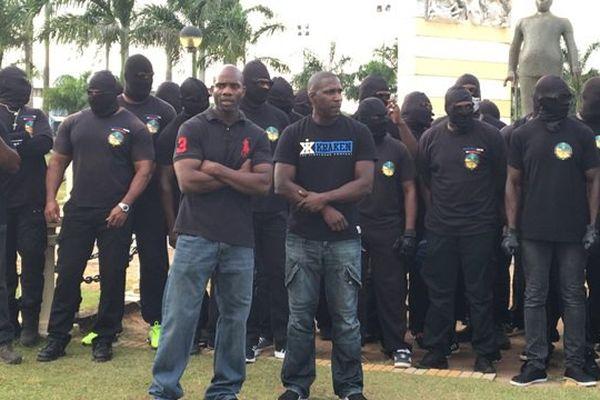 Naissance du collectif des « Grands frères », place des palmistes à Cayenne