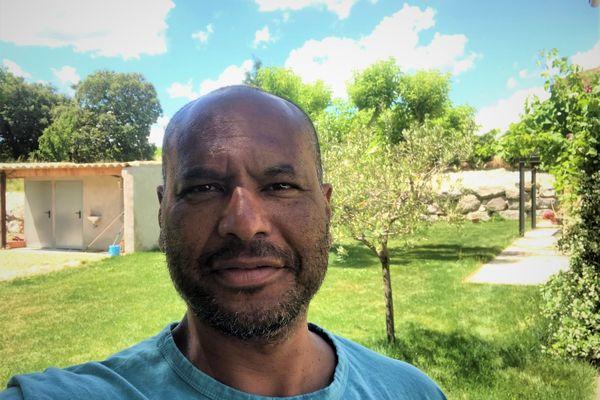 Le Martiniquais Laurent Chambertin, ancien capitaine de l'équipe de France de volley-ball.