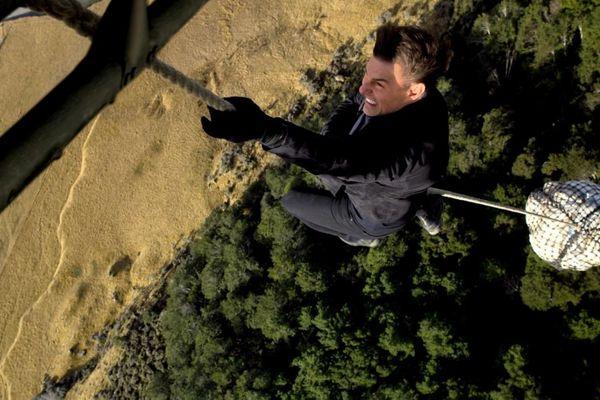 """""""Mission : impossible"""" : Tom Cruise est-il un cascadeur hors pair ?"""