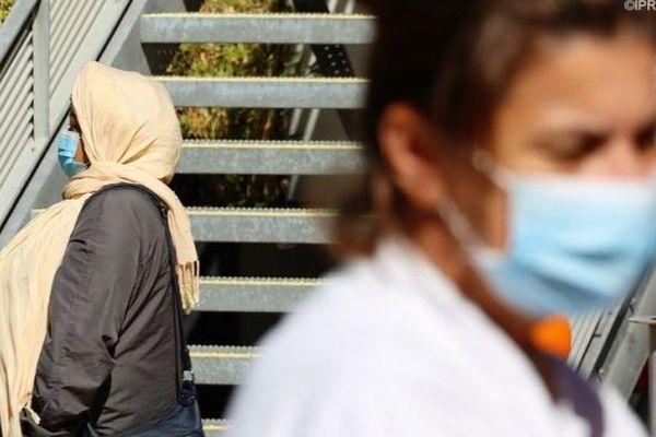 Le nombre de cas autochtones de coronavirus est en hausse à La Réunion.