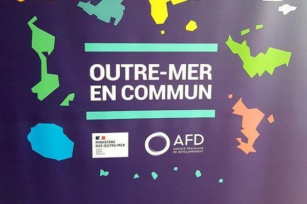Outre-mer: un plan d'un milliard pour aider les collectivités et entreprises
