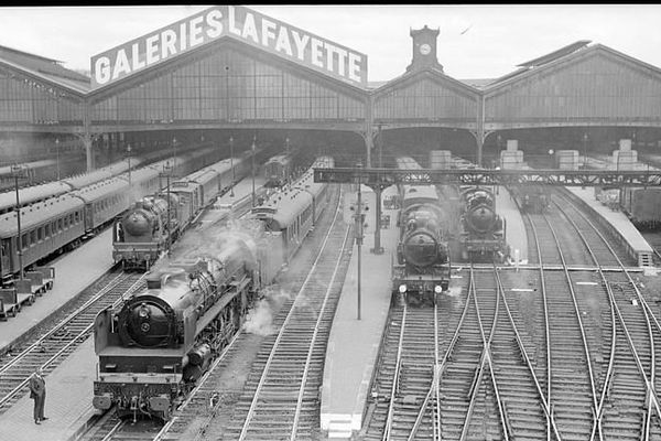 Gare Saint-Lazare dans les années 1930