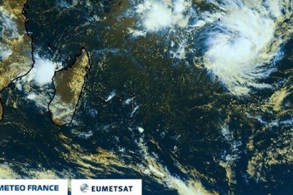 Tempête tropicale modérée Haleh à 6h30 020319