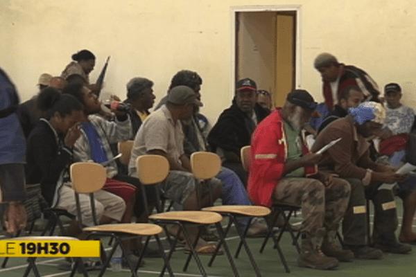 Réunion d'information à Pouembout sur le conflit des rouleurs