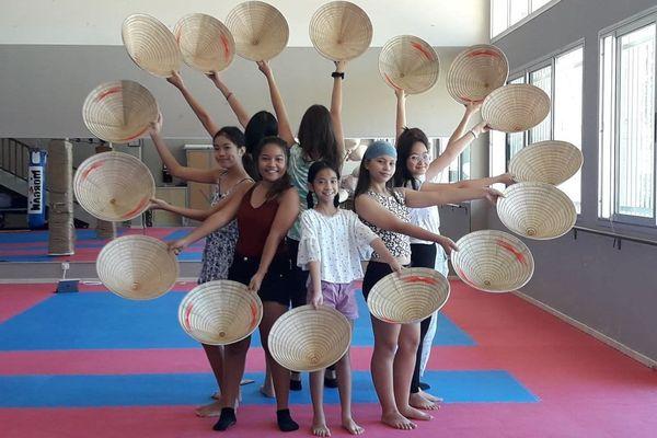Danse vietnamienne pour le Têt, janvier 2020