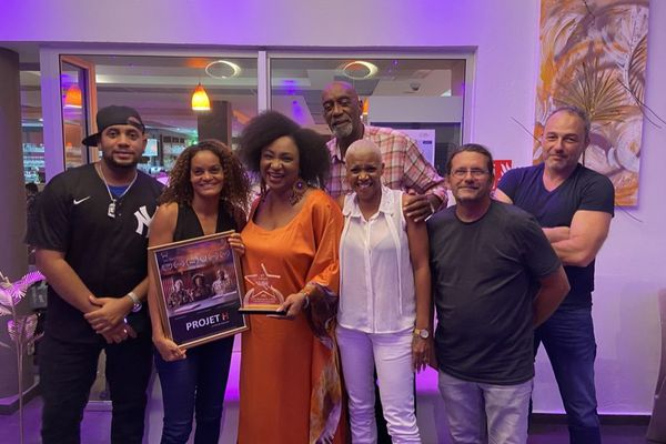 PROJET H, le film réalisé par réalisatrice martiniquaise Maharaki remporte le Prix de la meilleure actrice du Last Vegas Black film festival