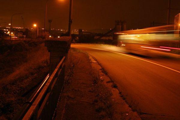 Les taxis inquiets du service des bus de nuit