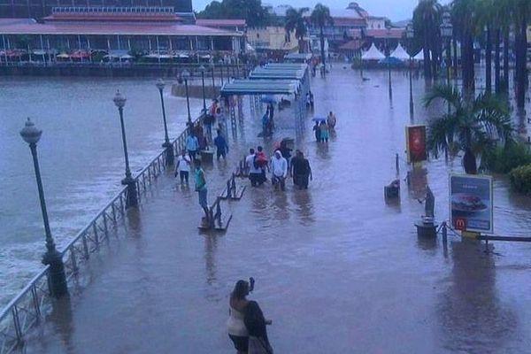 Ile Maurice inondée avril 2013