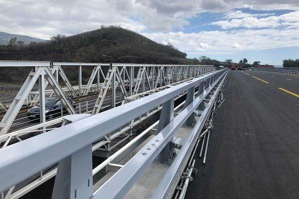 Le nouveau pont de la Rivière-des-Galets.