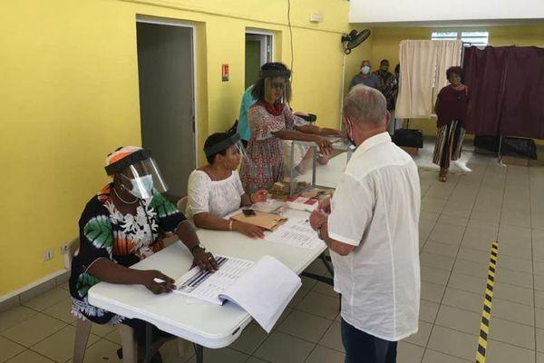 élection sous contrôle sanitaire