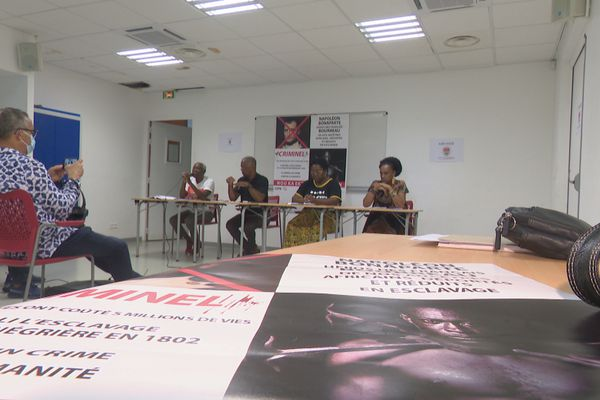 Conférence de presse organisations nationalistes