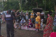 Des habitants de Sada opposés à l'installation sur leur territoire de personnes décasées d'autres villages de Mayotte
