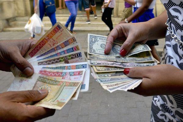 Dollars Cuba