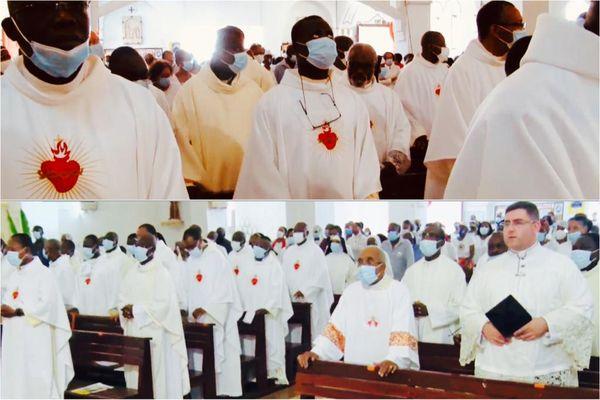 Prêtres / Diacres / sacré-cœur