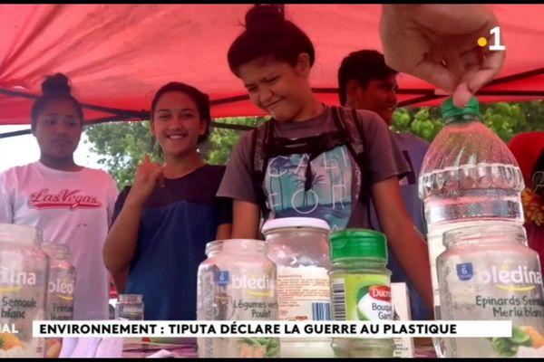 Rangiroa se bat contre les déchets