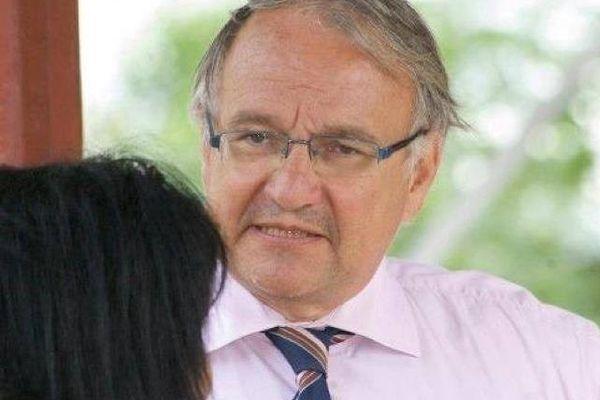 Antoine Joly ambassadeur de France au Surinam