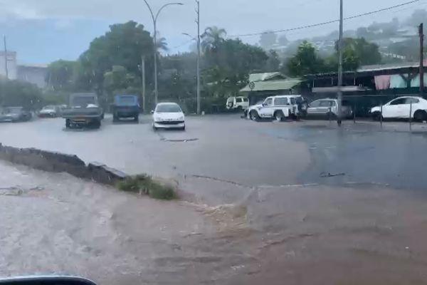 Inondations à Outumaoro