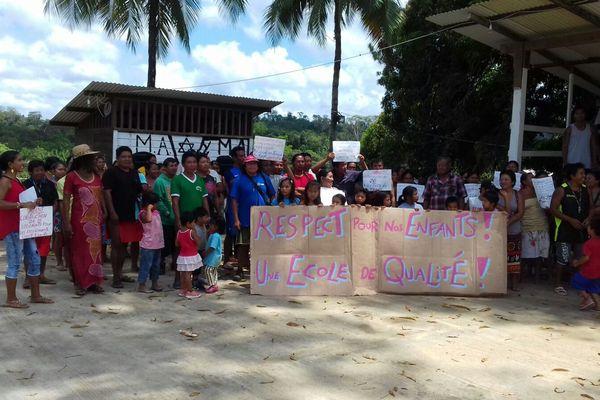 Parents et enfants mobilisés à Camopi