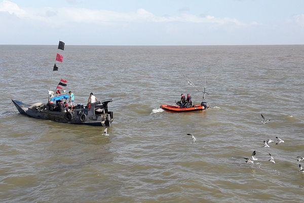 Douanes : pêches illégales