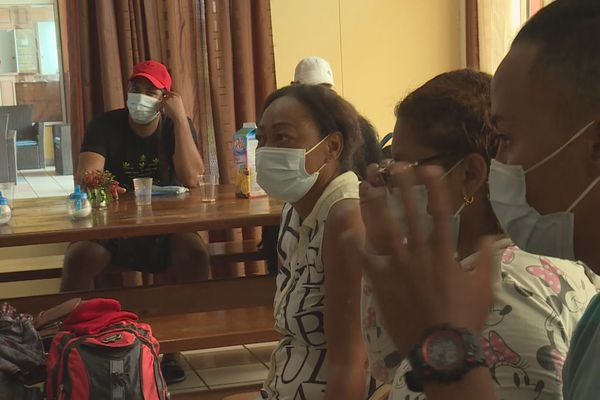 Des migrants cubains débarqués à Sinnamary