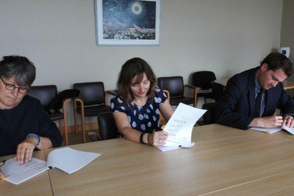 Signatures de deux conventions Evasan avec les hôpitaux de St-Jean de Terre-Neuve